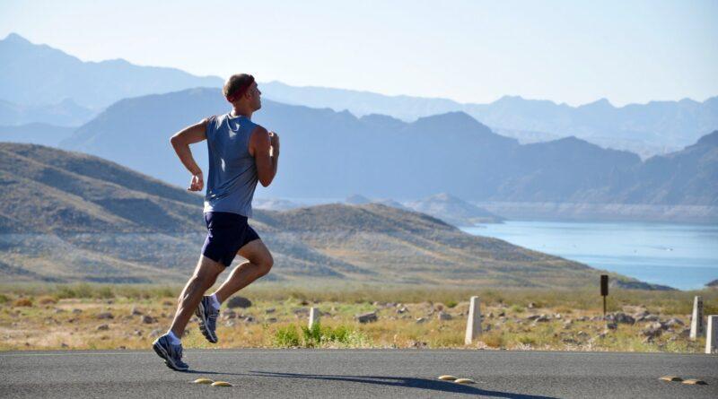 Mand der løber
