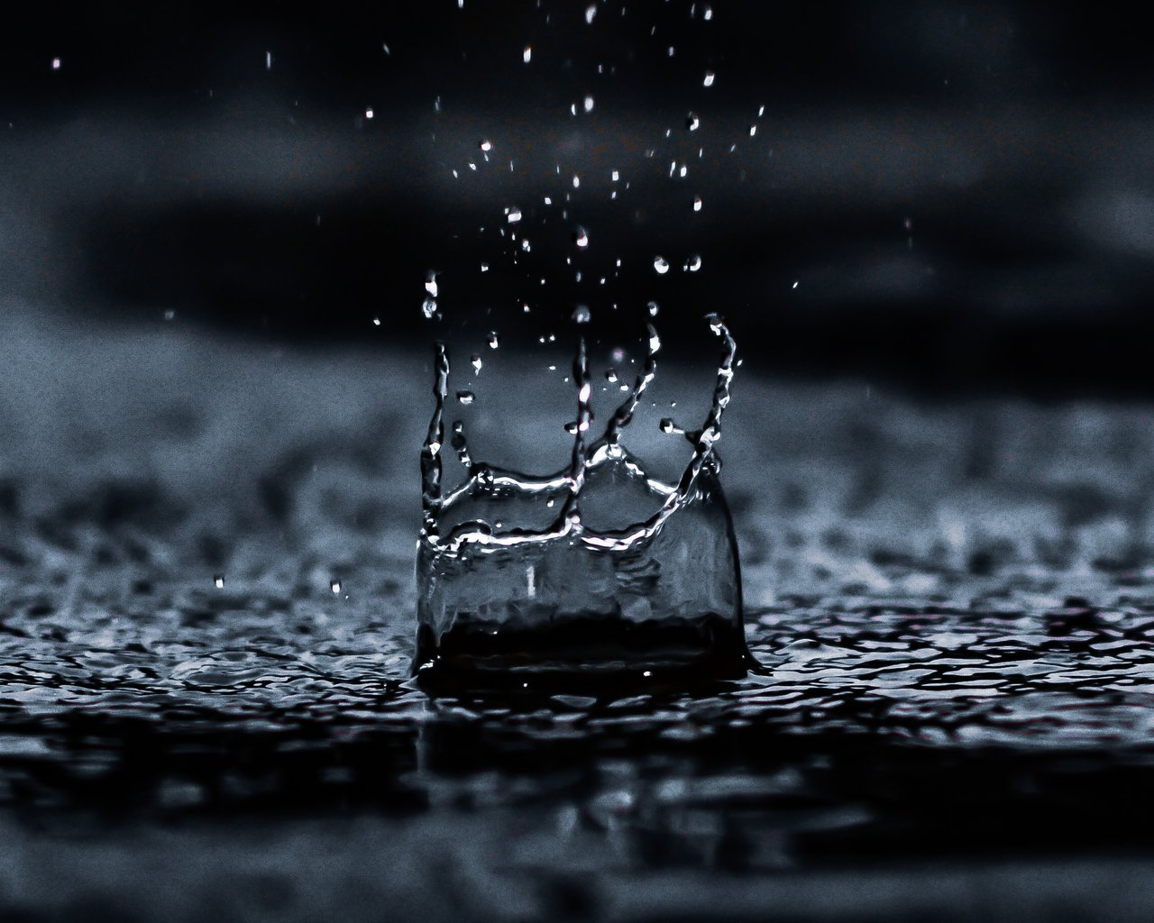 dryppende vand